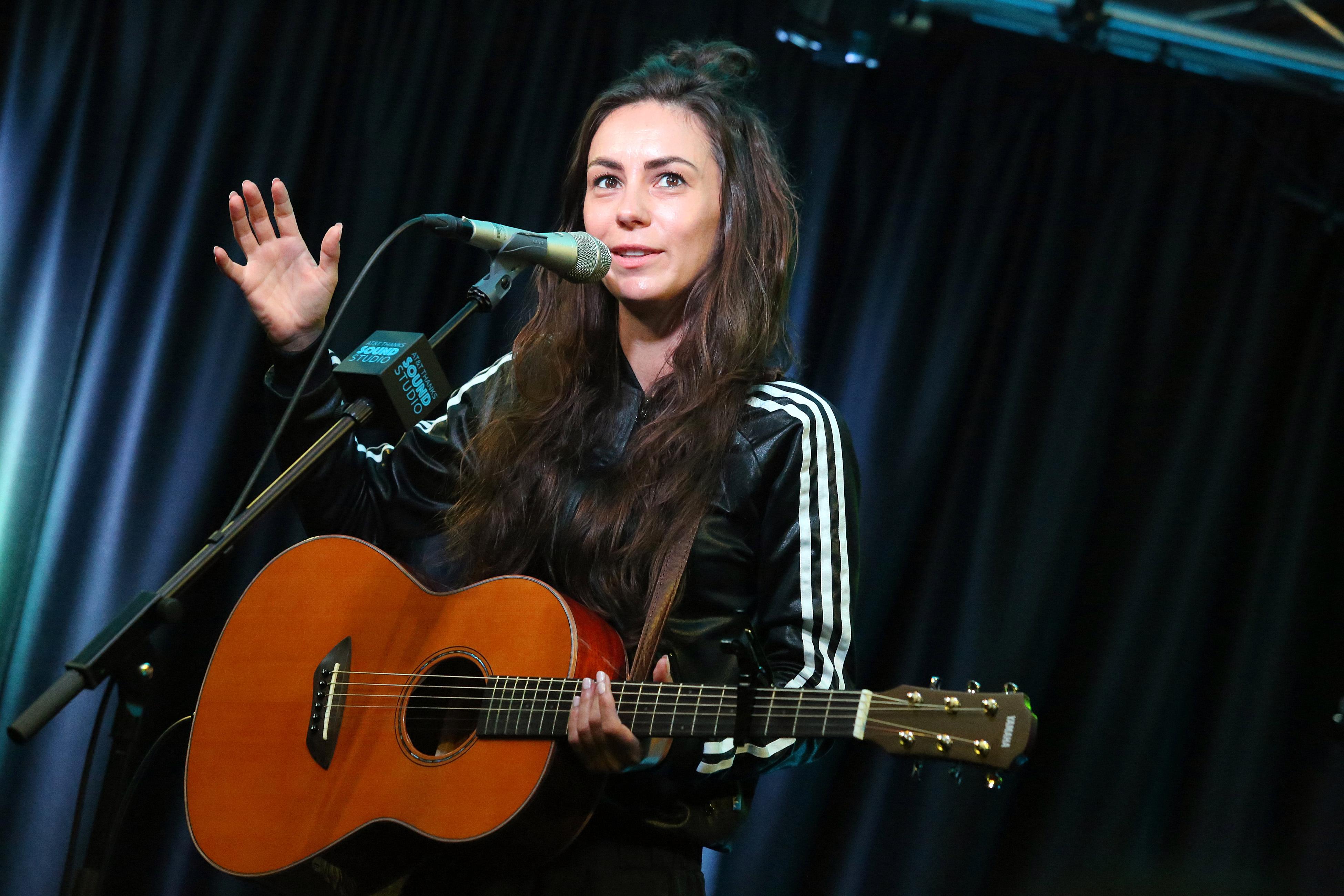 Wheatus Teenage Dirtbag Amy Shark Give Song A Pixies Overhaul