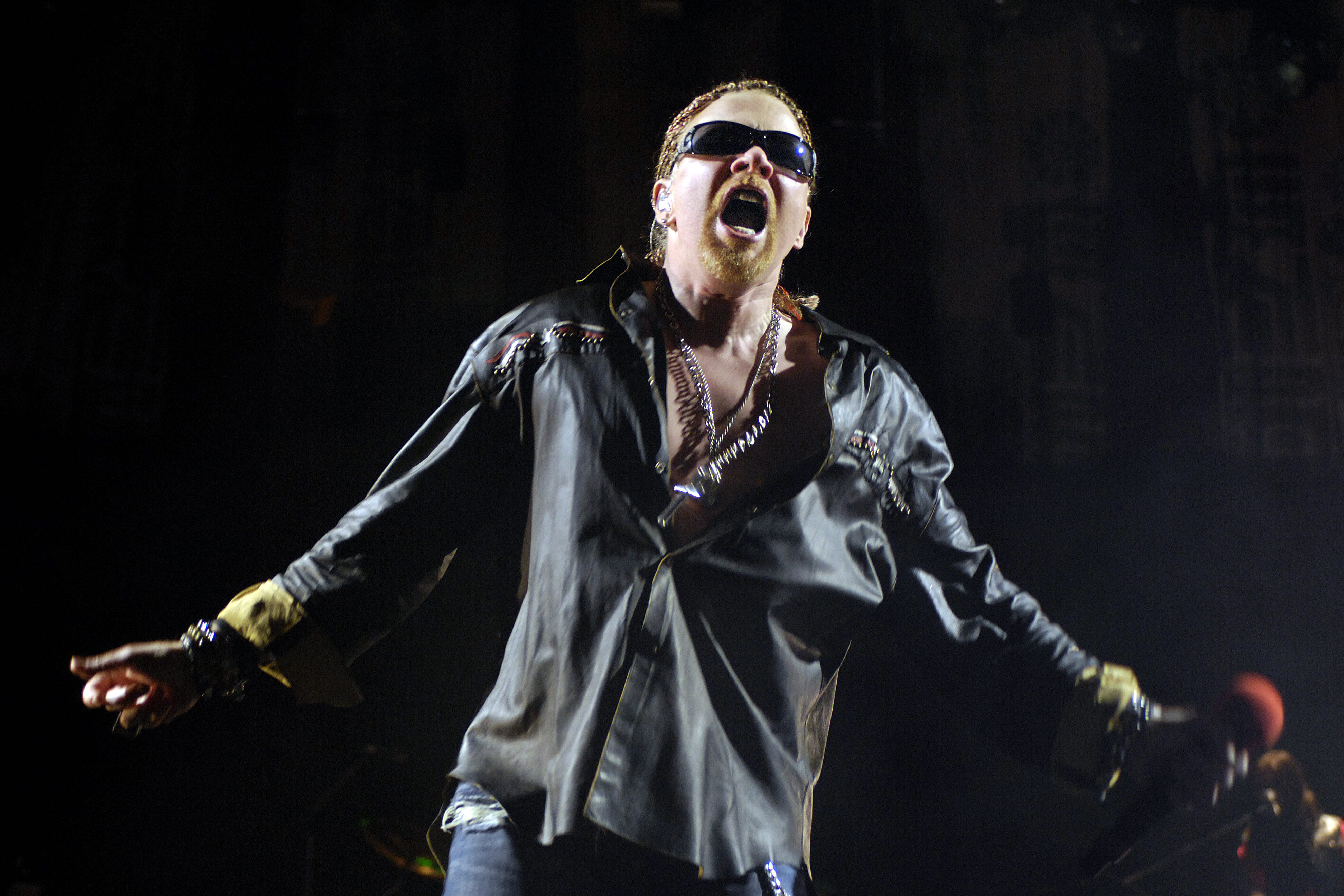 ffeacfcbb AUSTRALIA - JUNE 15: ROD LAVER ARENA Photo of GUNS AND ROSES and Axl ROSE