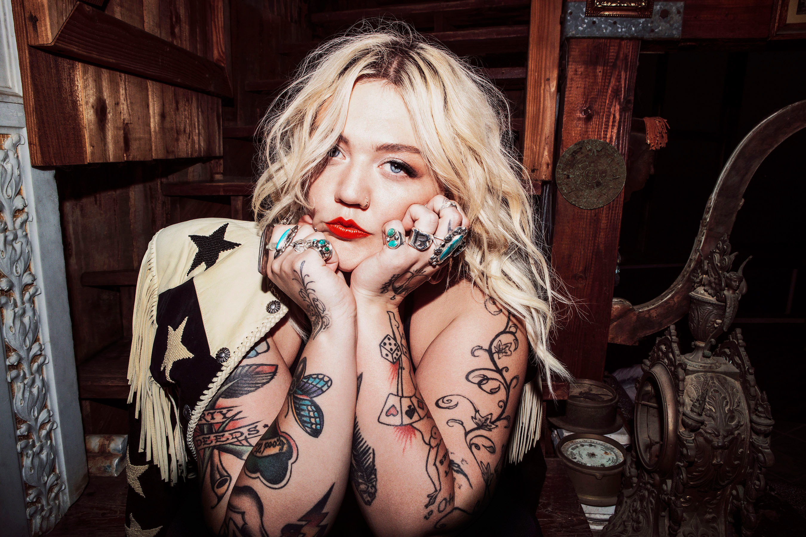 6f2c62a878c How Elle King Got Her Groove Back on  Shake the Spirit  – Rolling Stone