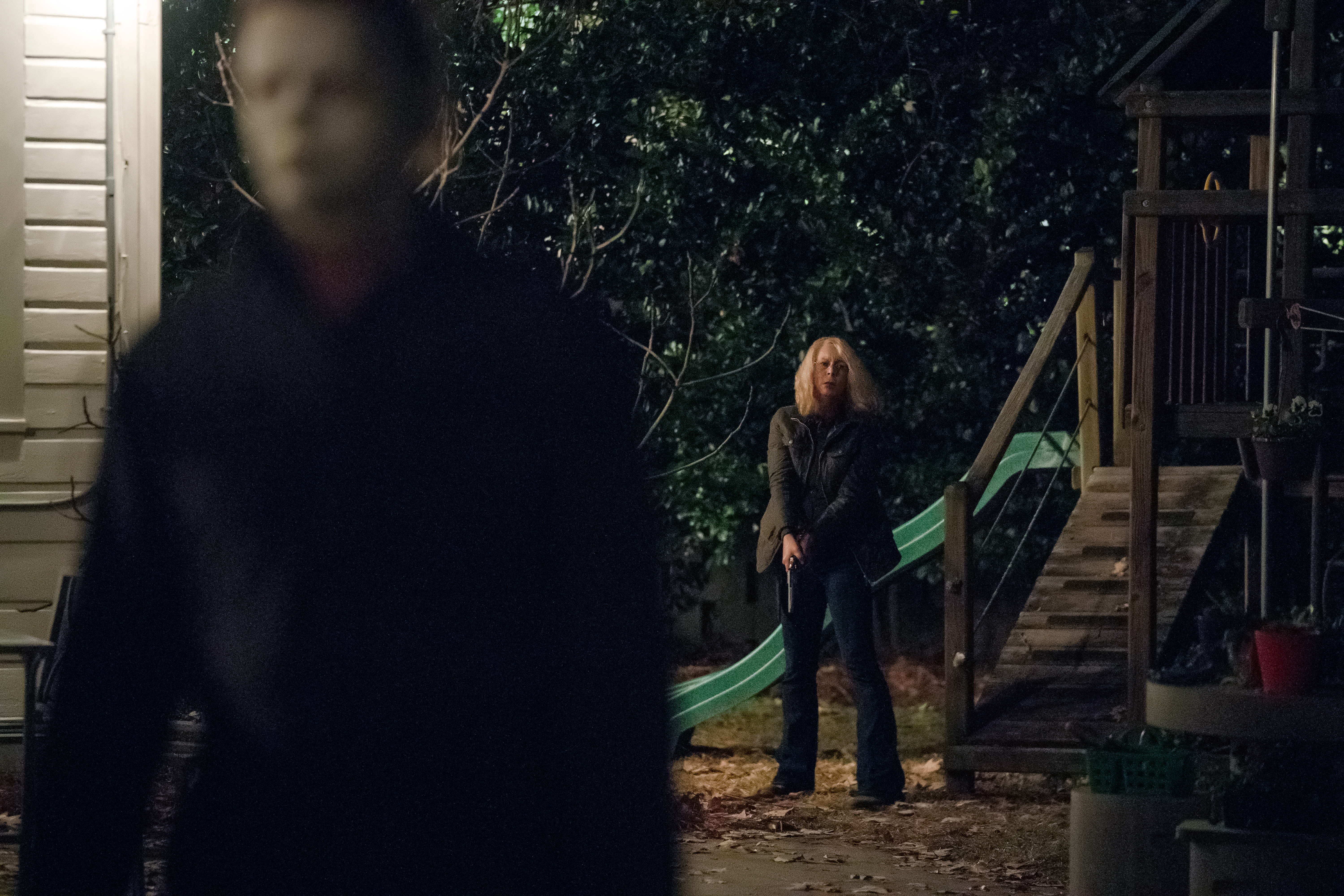 "Laurie Strode (Jamie Lee Curtis) prepares to confront Michael Myers (Jim Courtney) in ""Halloween."" Jamie Lee Curtis returns to her iconic role as Laurie Strode, who comes to her final confrontation with Michael Myers, the masked figure who has haunted her since she narrowly escaped his killing spree on Halloween night four decades ago."