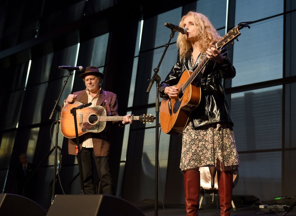 Buddy Miller, Patty Grifin, Emmylou Harris Hall of Fame exhibit