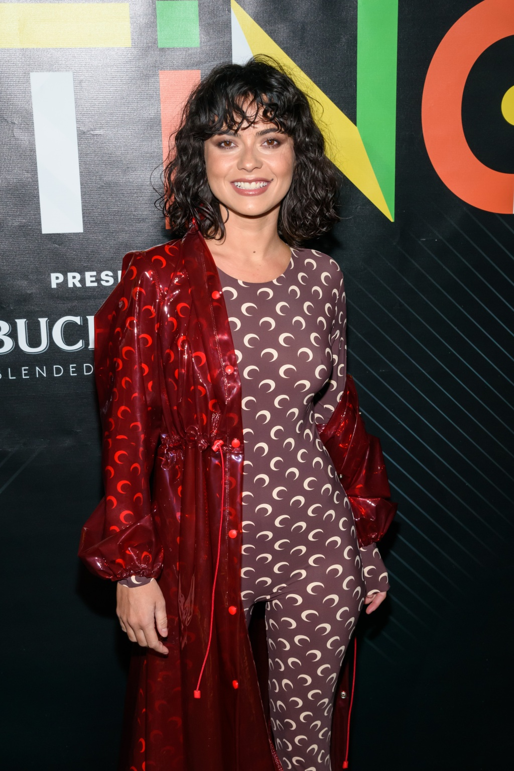 Romanian singer-songwriter Inna made a special appearance on the Rolling Stone Latino red carpet.
