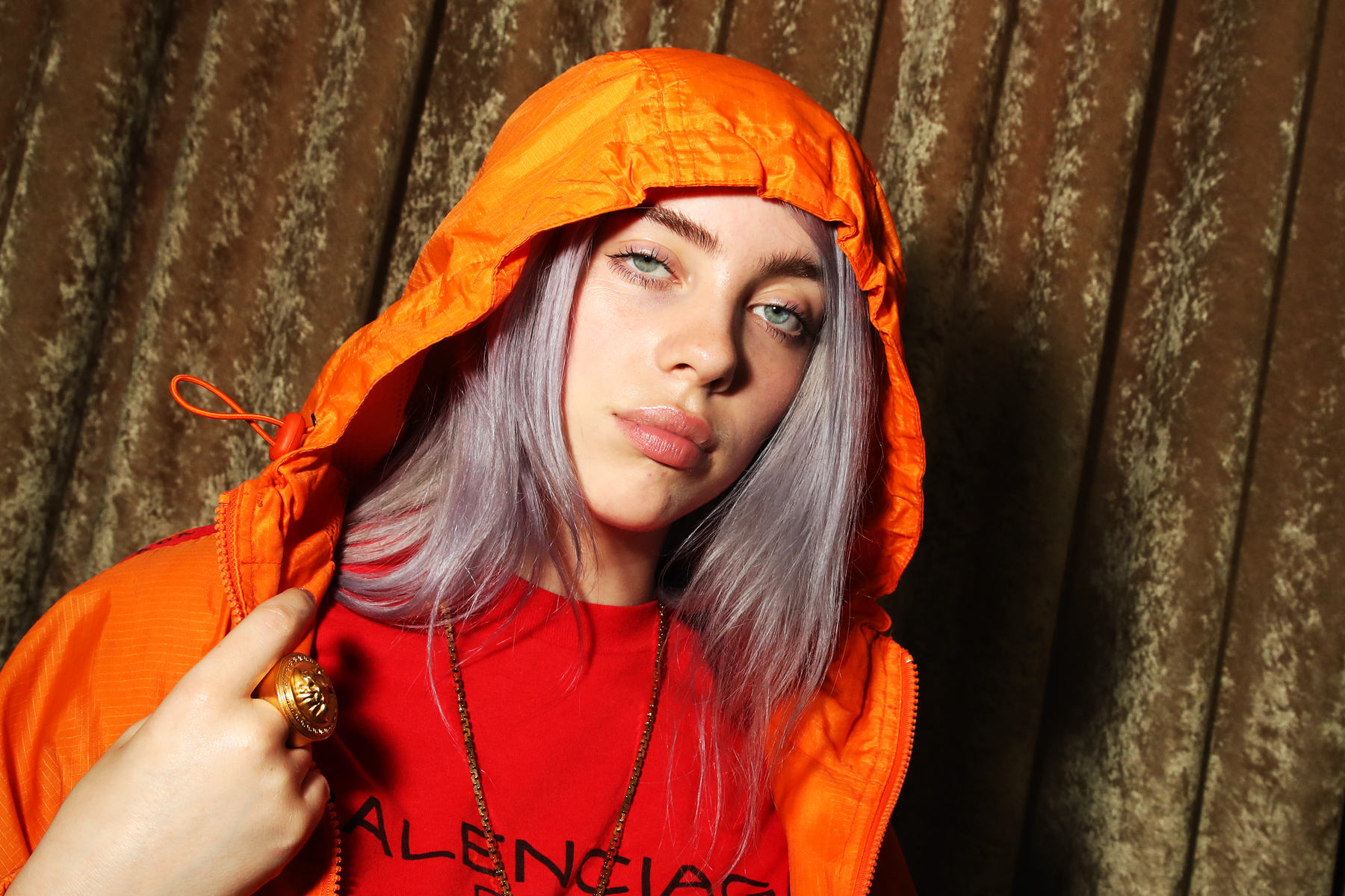 Hear Billie Eilish S Sprawling Holiday Ballad Come Out And Play Rolling Stone