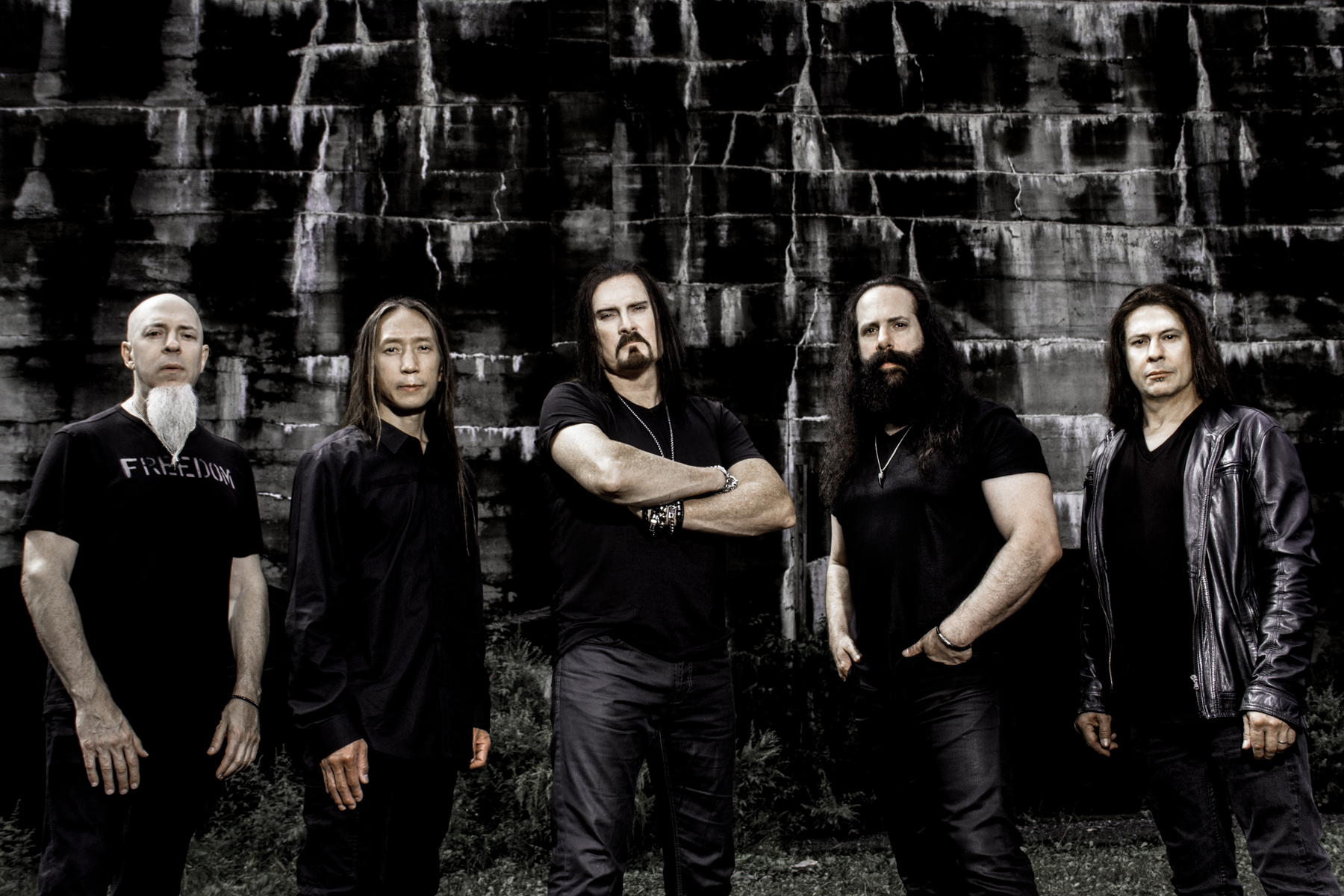 dream theater  Dream Theater Interview on New Album 'Distance Over Time' – Rolling ...