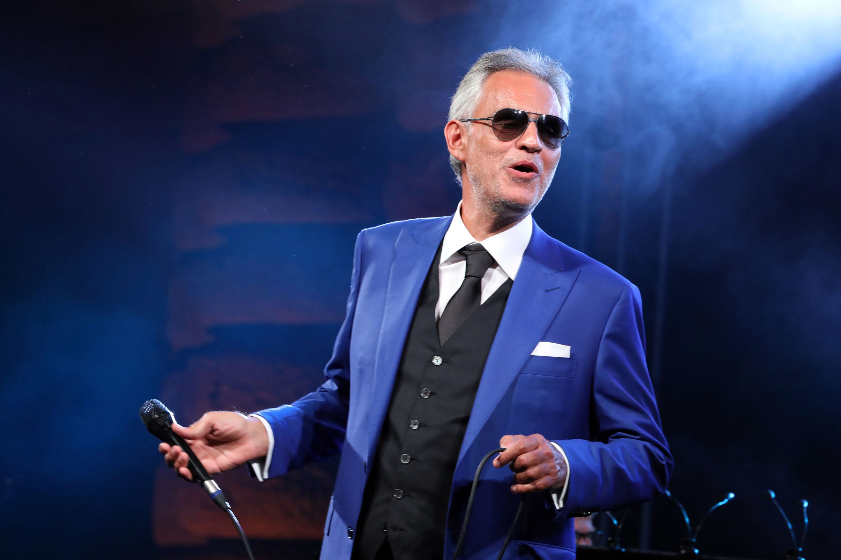 On the Charts: Andrea Bocelli Stakes First Number One With 'Si