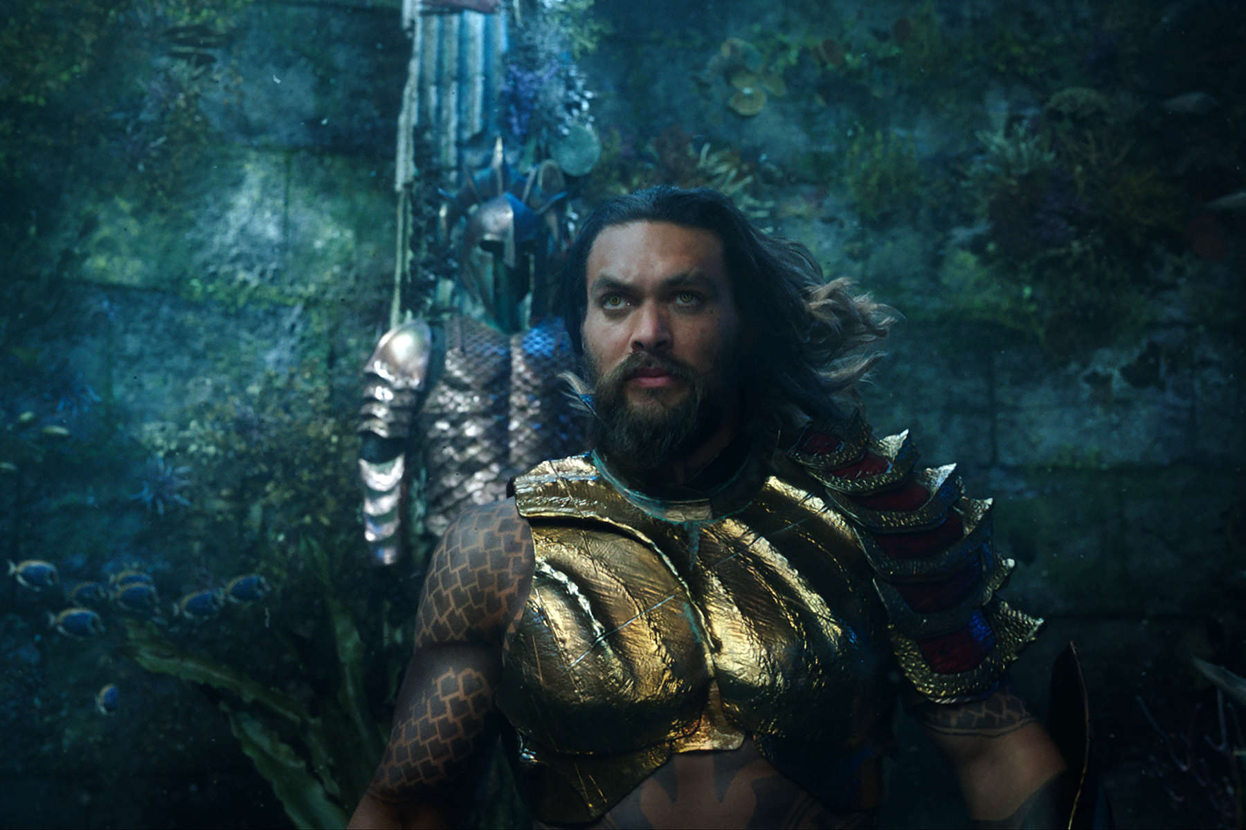 Aquaman Review Dc Superheros Solo Movie Is A Waterlogged Mess
