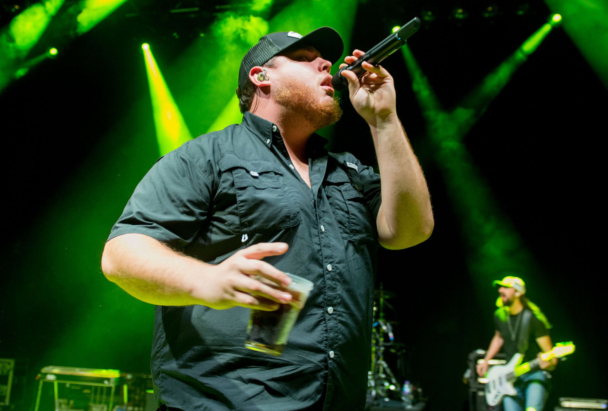 Luke Combs' 'She Got the Best of Me' Is First Four-Week Country Number One of 2018