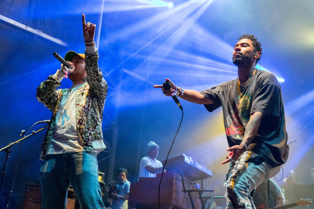 March 6, 2016 - Okeechobee, Florida, U.S - Rapper MAC MILLER and MIGUEL perform together during the Powow at the Okeechobee Music Festival in Okeechobee, Florida (Credit Image: © Daniel DeSlover/ZUMA Wire)