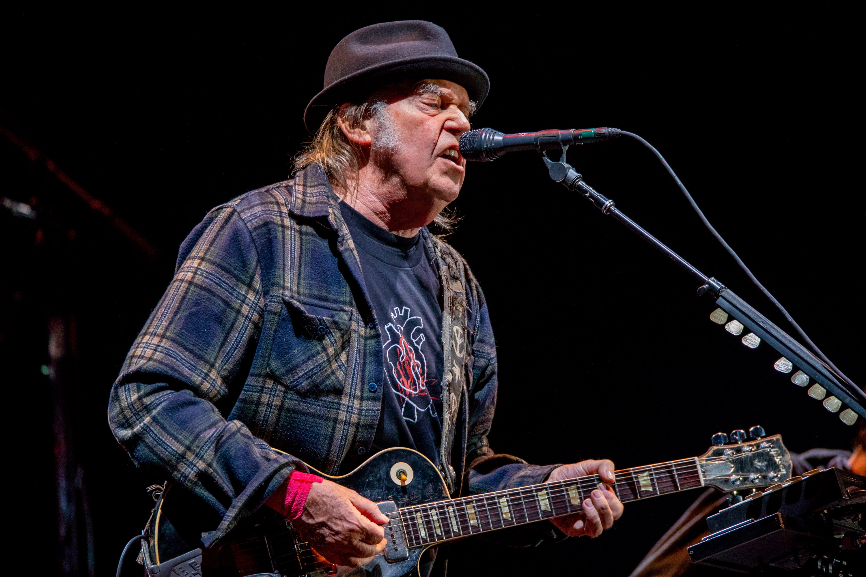 Neil Young To Trump Stop Playing Rockin In The Free World Rolling Stone