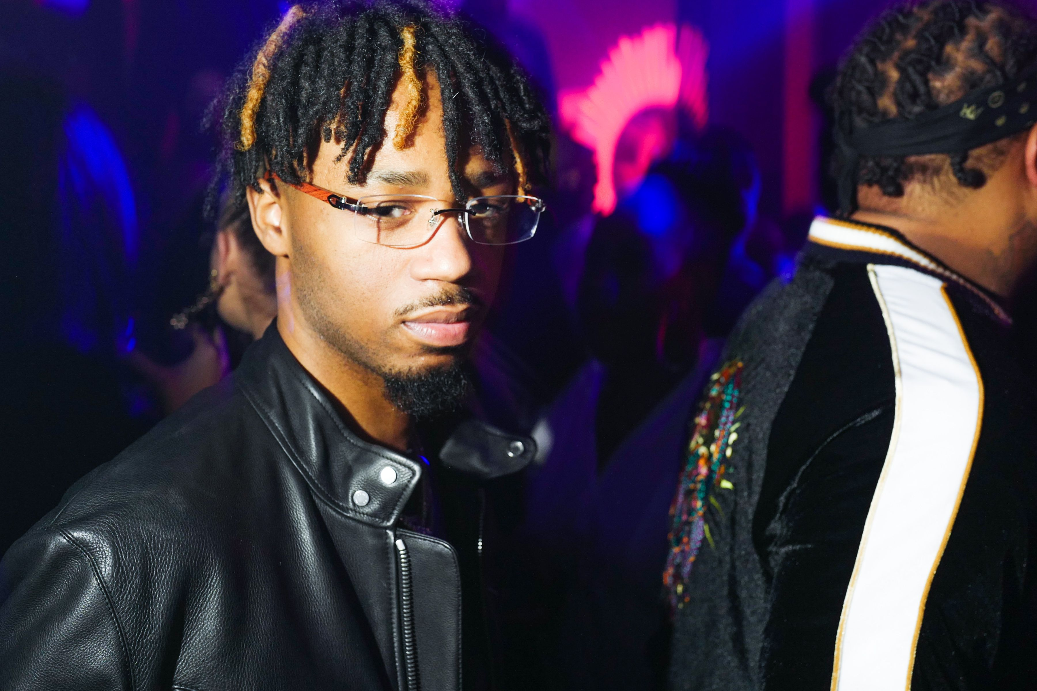 05018ceb00a Charts  Metro Boomin Lands Number One With  Not All Heroes Wear ...