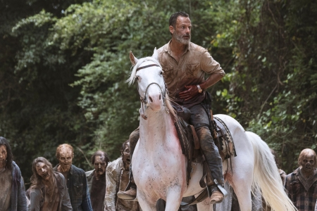 The Walking Dead Says Goodbye To Its Hero And An Era Of Tv Rolling Stone