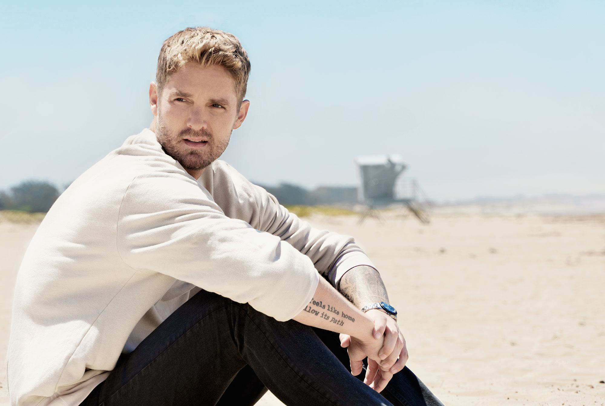 Brett Young Interview Singer Talks Ticket To L A Gavin Degraw