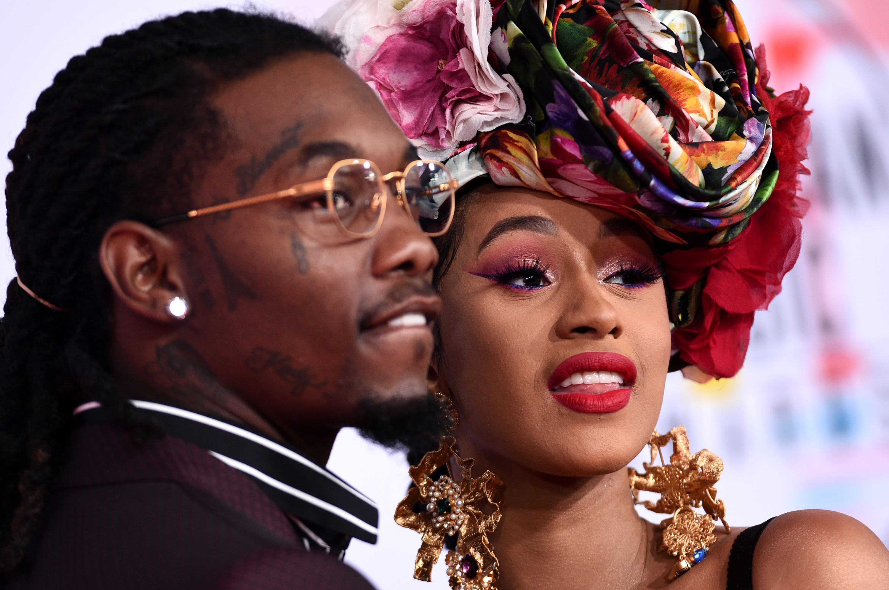 Cardi B Reveals Huge Offset Tattoo Of Husband S Name On: Cardi B Announces Split With Offset