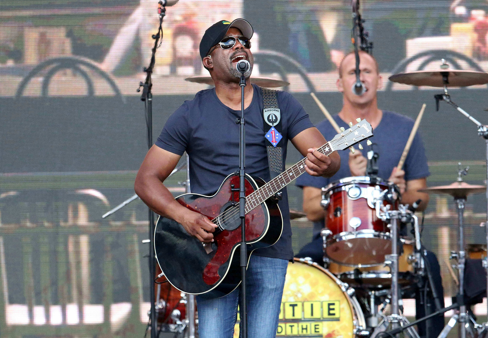 4e0c44eba Hootie and the Blowfish Announce 2019 Group Therapy Tour – Rolling Stone