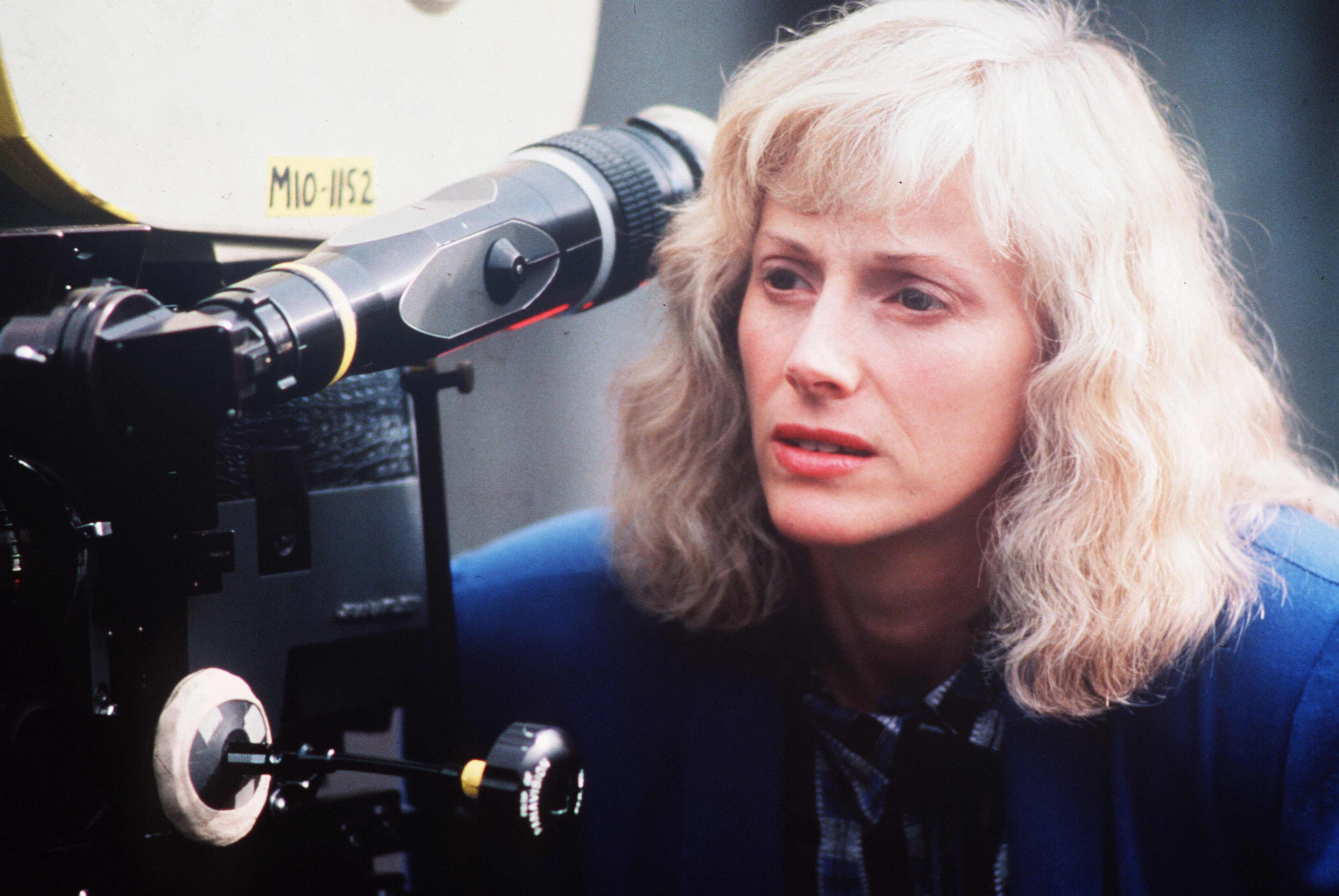 Sondra Locke, Oscar-Nominated Actress, Dead at 74