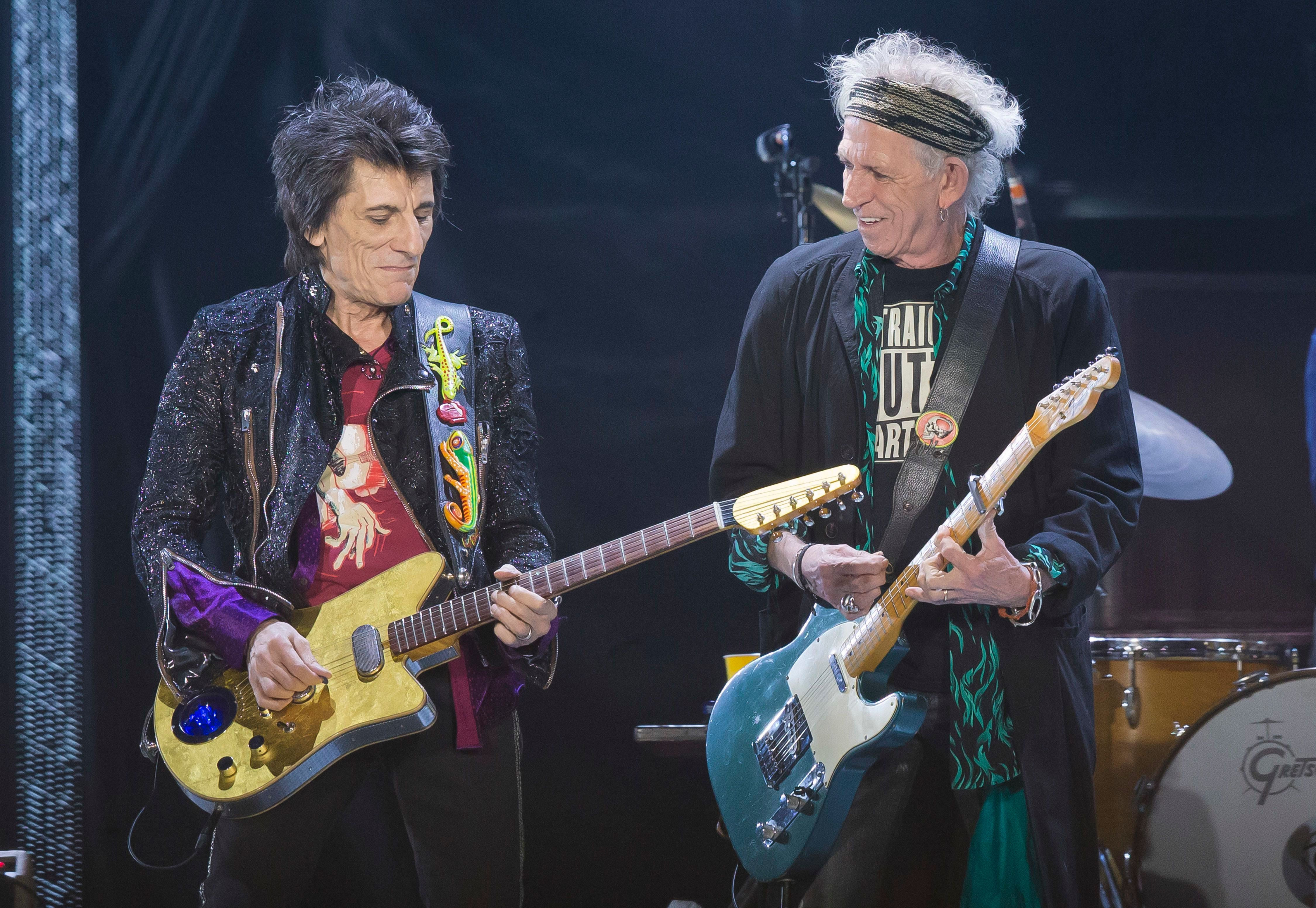 Flashback Rolling Stones Dust Off Play With Fire After 30