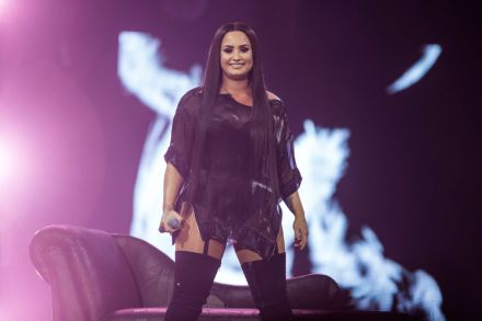 Demi Lovato: 'I Am Sober and Grateful to Be Alive' – Rolling