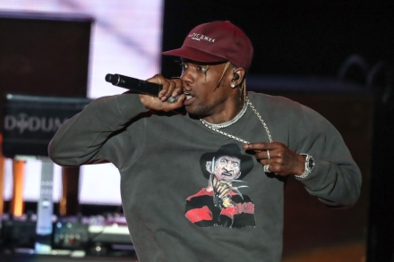 Travis Scott Tapped for Super Bowl Halftime Show With Maroon 5