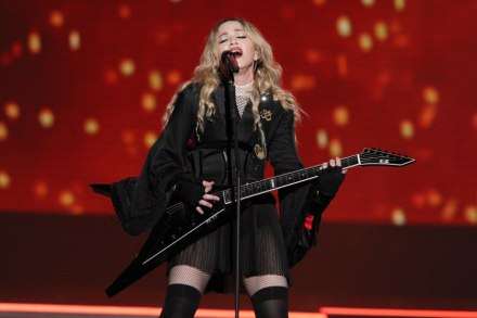 See Madonna's Surprise New Year's Eve Performance of 'Like a