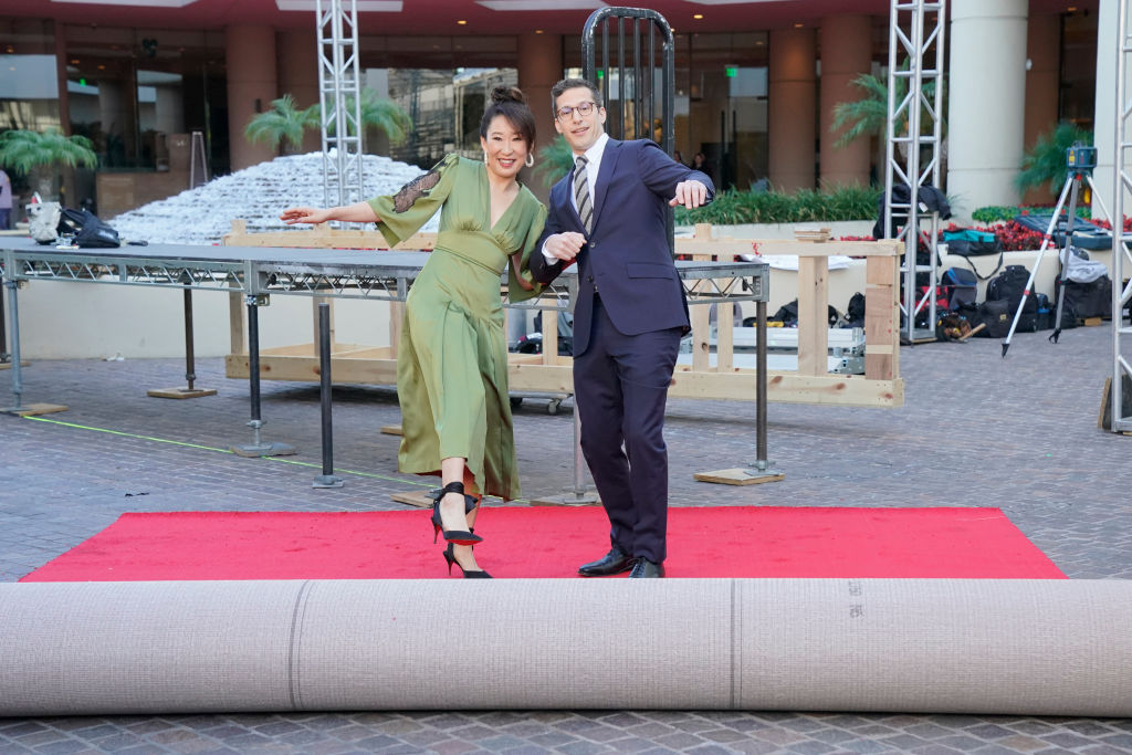 76th ANNUAL GOLDEN GLOBE AWARDS -- Pictured: (l-r) Sandra Oh, Host of the 76th Annual Golden Globe Awards; Andy Samberg, Host of the 76th Annual Golden Globe Awards at the Beverly Hilton Hotel on January 3, 2019 -- (Photo by: Paul Drinkwater/NBC/NBCU Photo Bank via Getty Images)