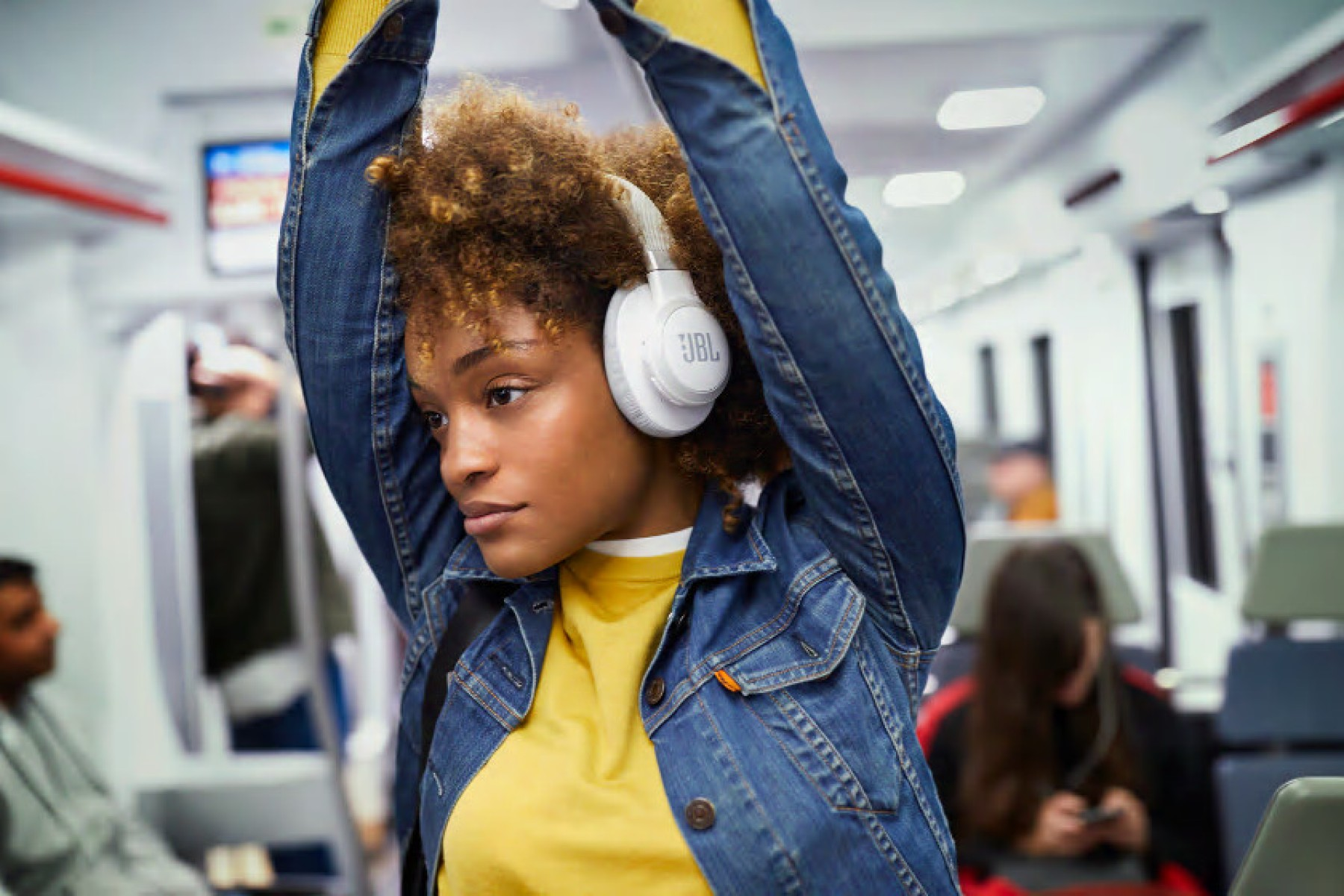 The Best Wireless Bluetooth Headphones 2020 What Brands To Buy Rolling Stone
