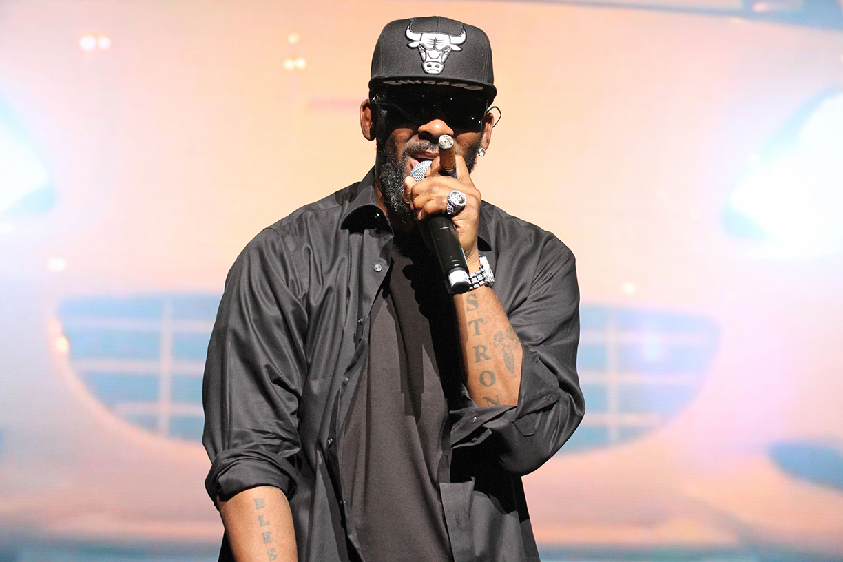 R. Kelly, RCA to Sever Ties