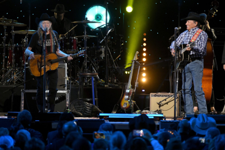 Review: Willie Nelson's All Star 'American Outlaw' Tribute