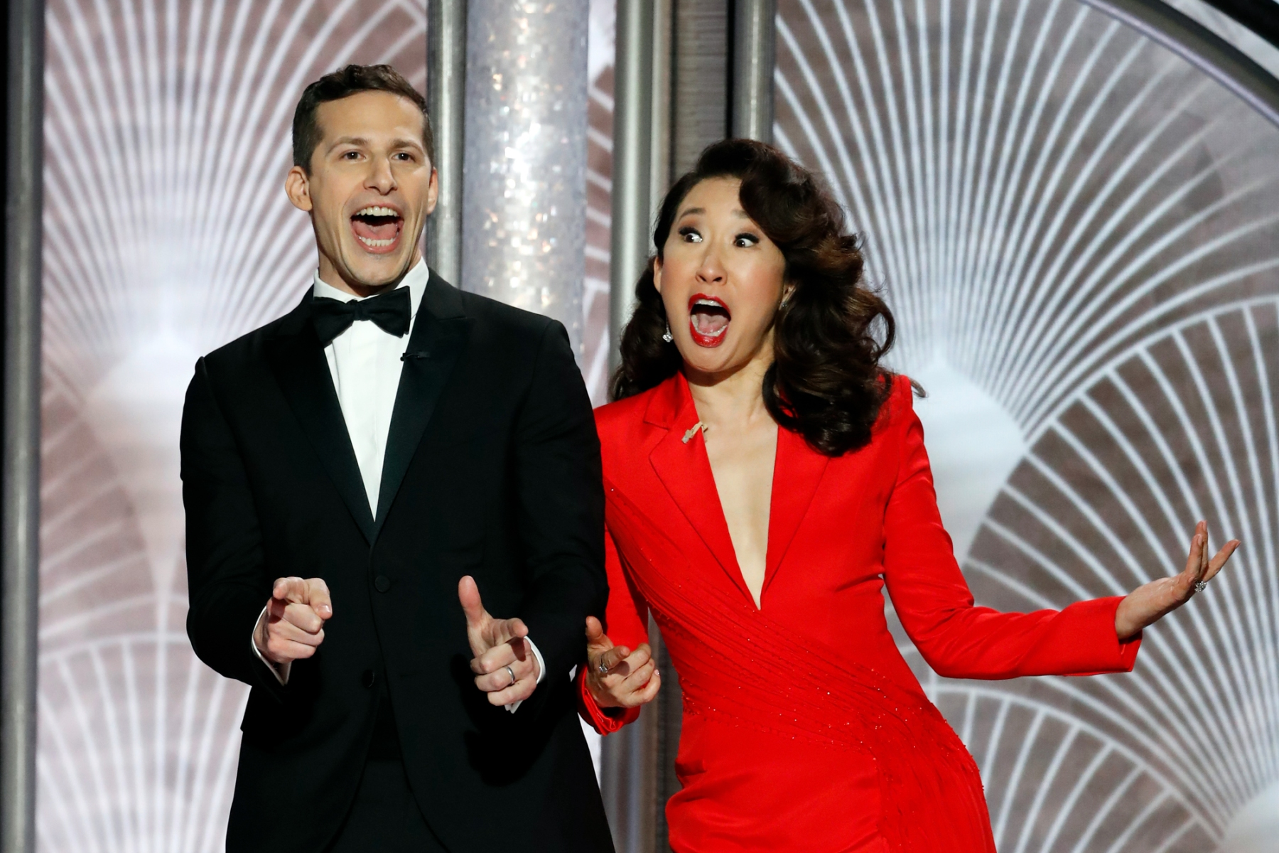 76th ANNUAL GOLDEN GLOBE AWARDS -- Pictured: (l-r) Andy Samberg, Sandra Oh at the 76th Annual Golden Globe Awards held at the Beverly Hilton Hotel on January 6, 2019 -- (Photo by: Paul Drinkwater/NBC)