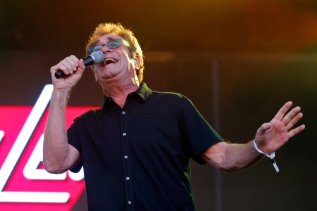 Huey Lewis and The News Prep First Album of New Songs in 18 Years