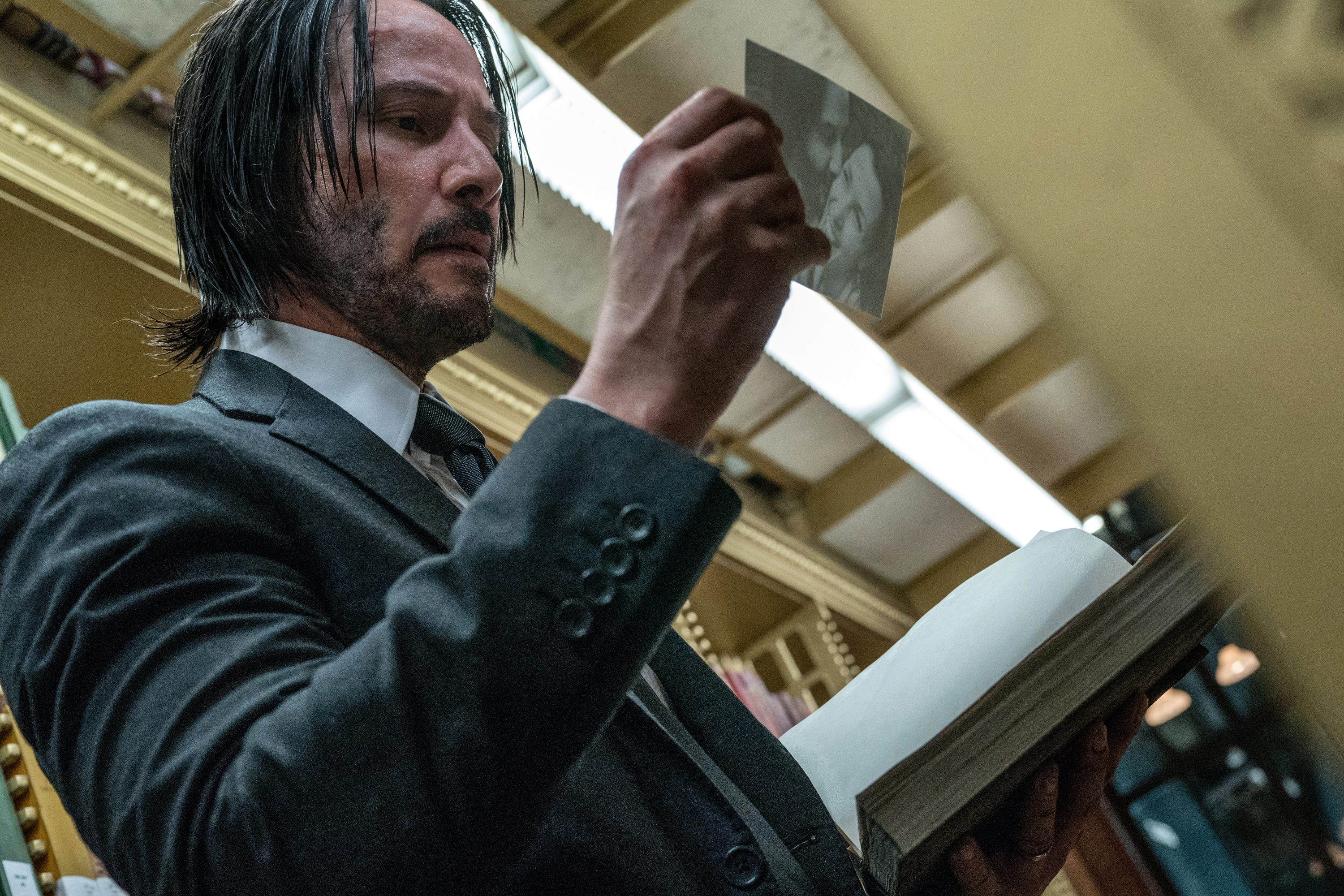 John Wick 3': Watch Keanu Reeves Fight for His Life in New Trailer