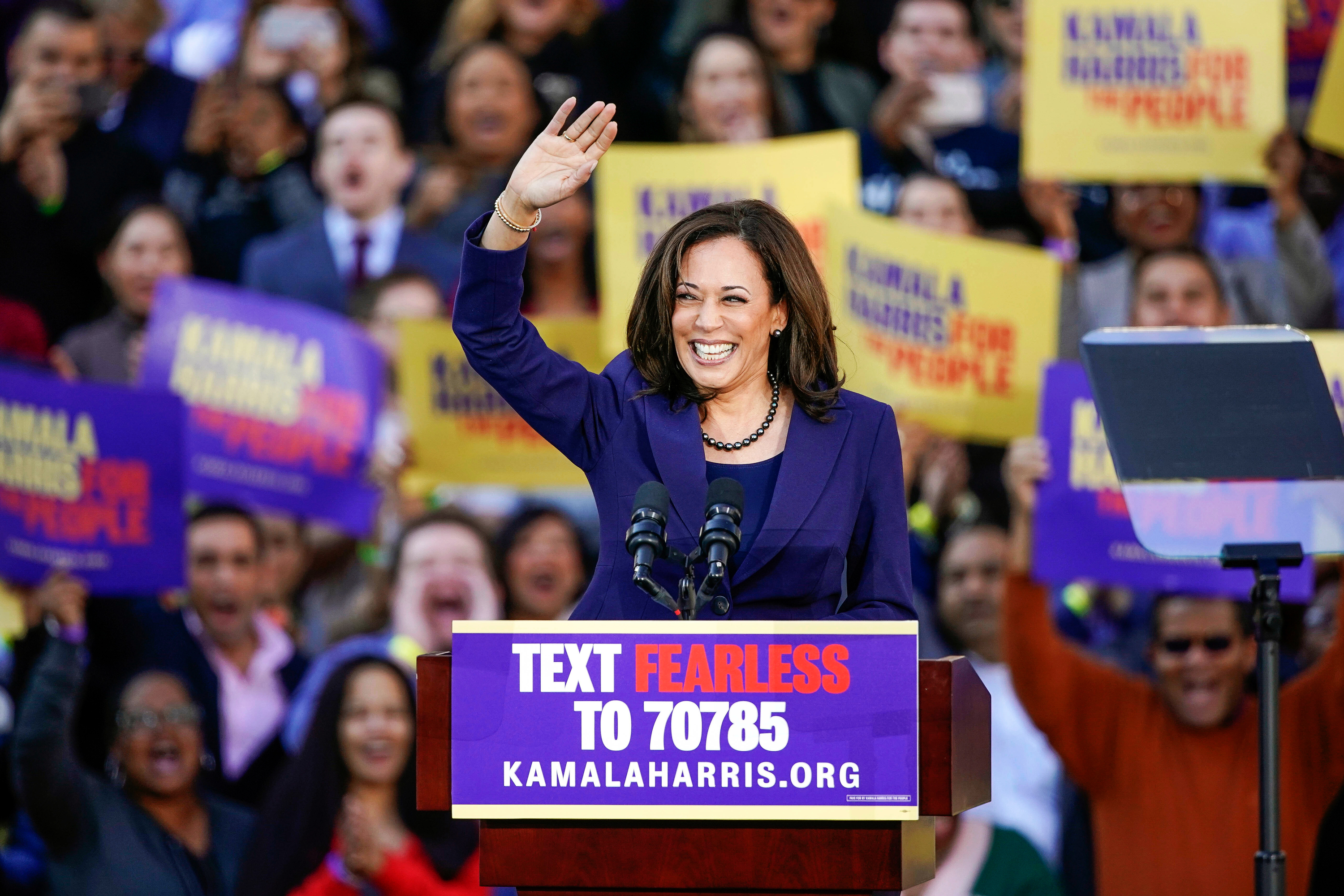 Kamala Harris 2020 Rally In Oakland Why She S Running For President Rolling Stone