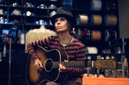 Linda Perry: My Life in 15 Songs – Rolling Stone