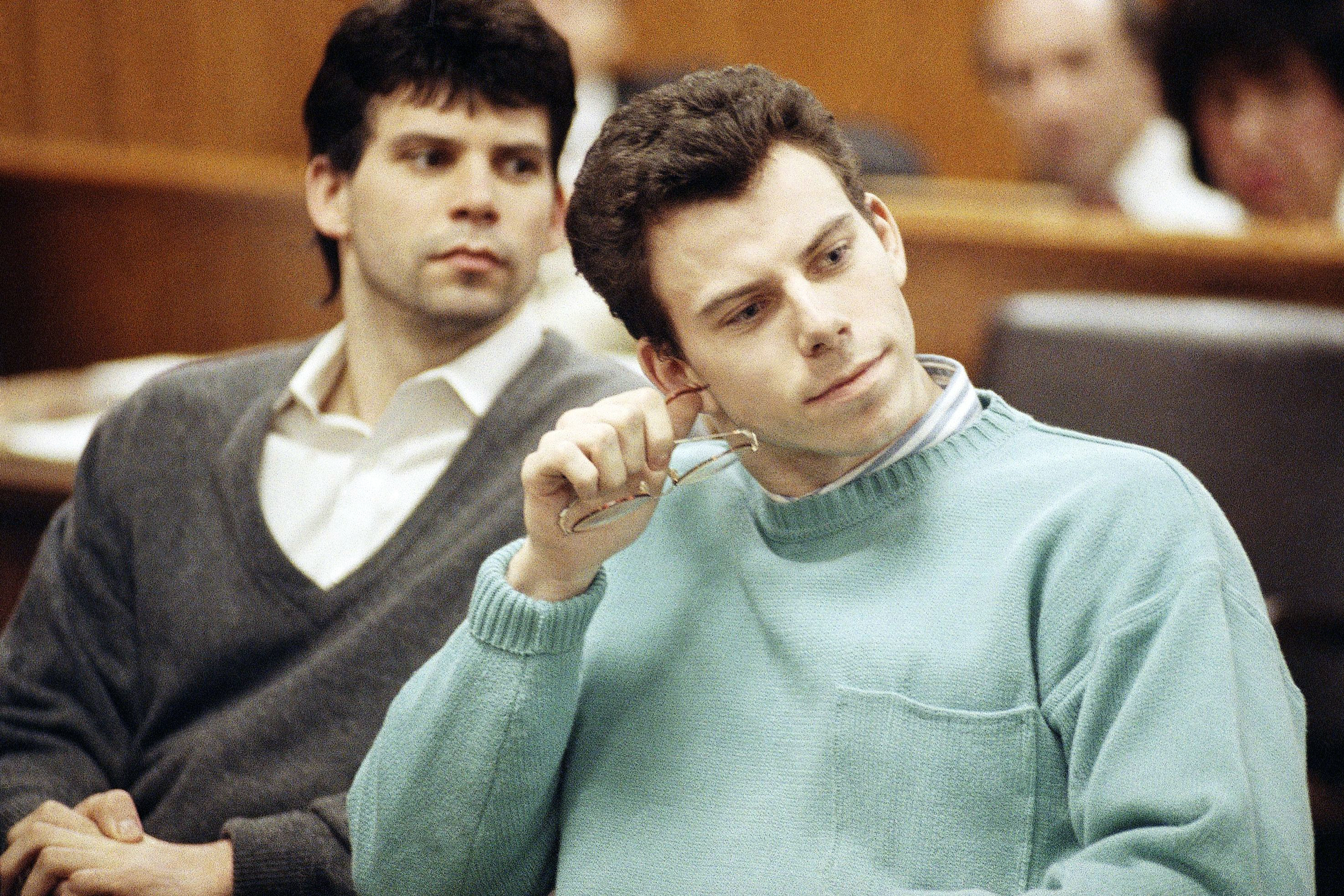 Menendez Brothers Found on 1990-91 NBA Trading Card