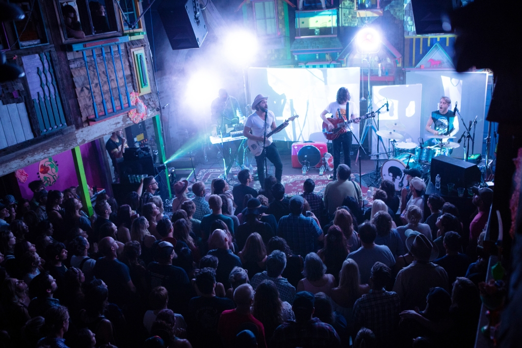 Shakey Graves performs at Meow Wolf.