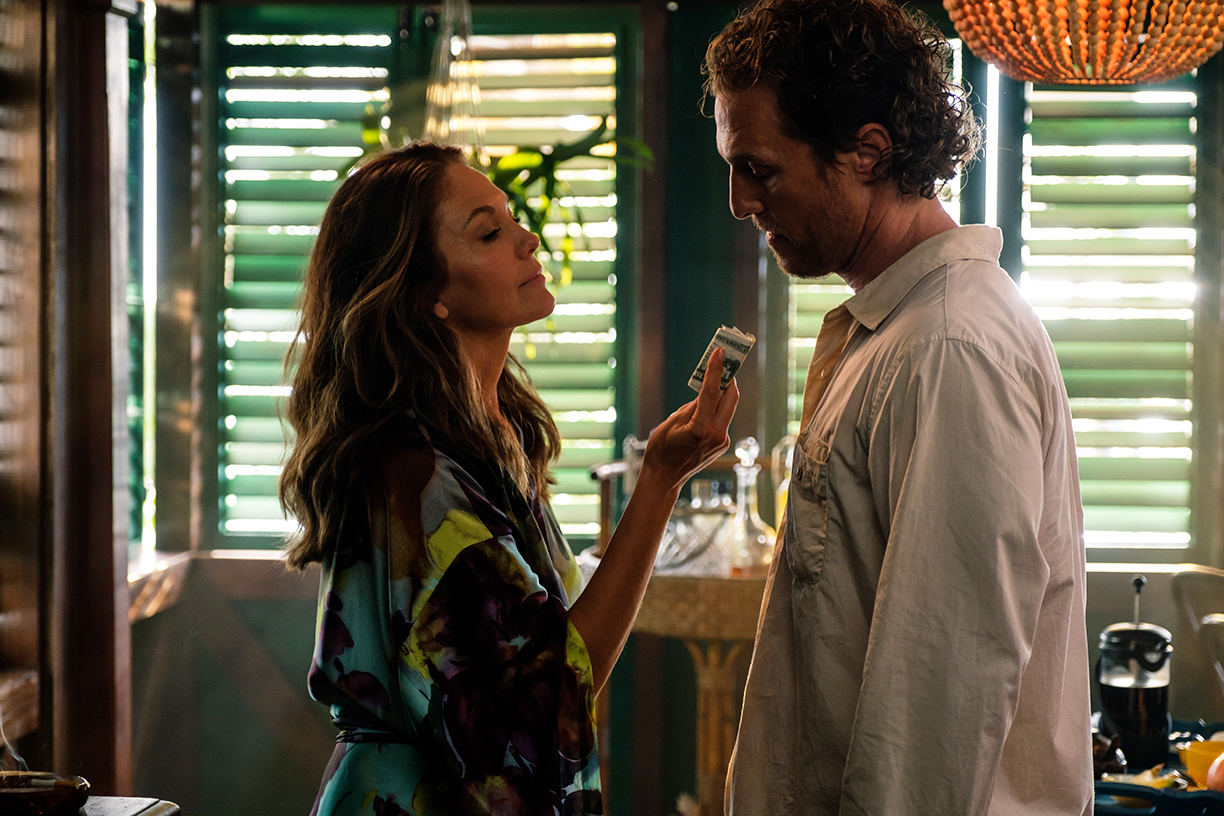 Matthew McConaughey and Anne Hathaway Are Sunk in 'Serenity'