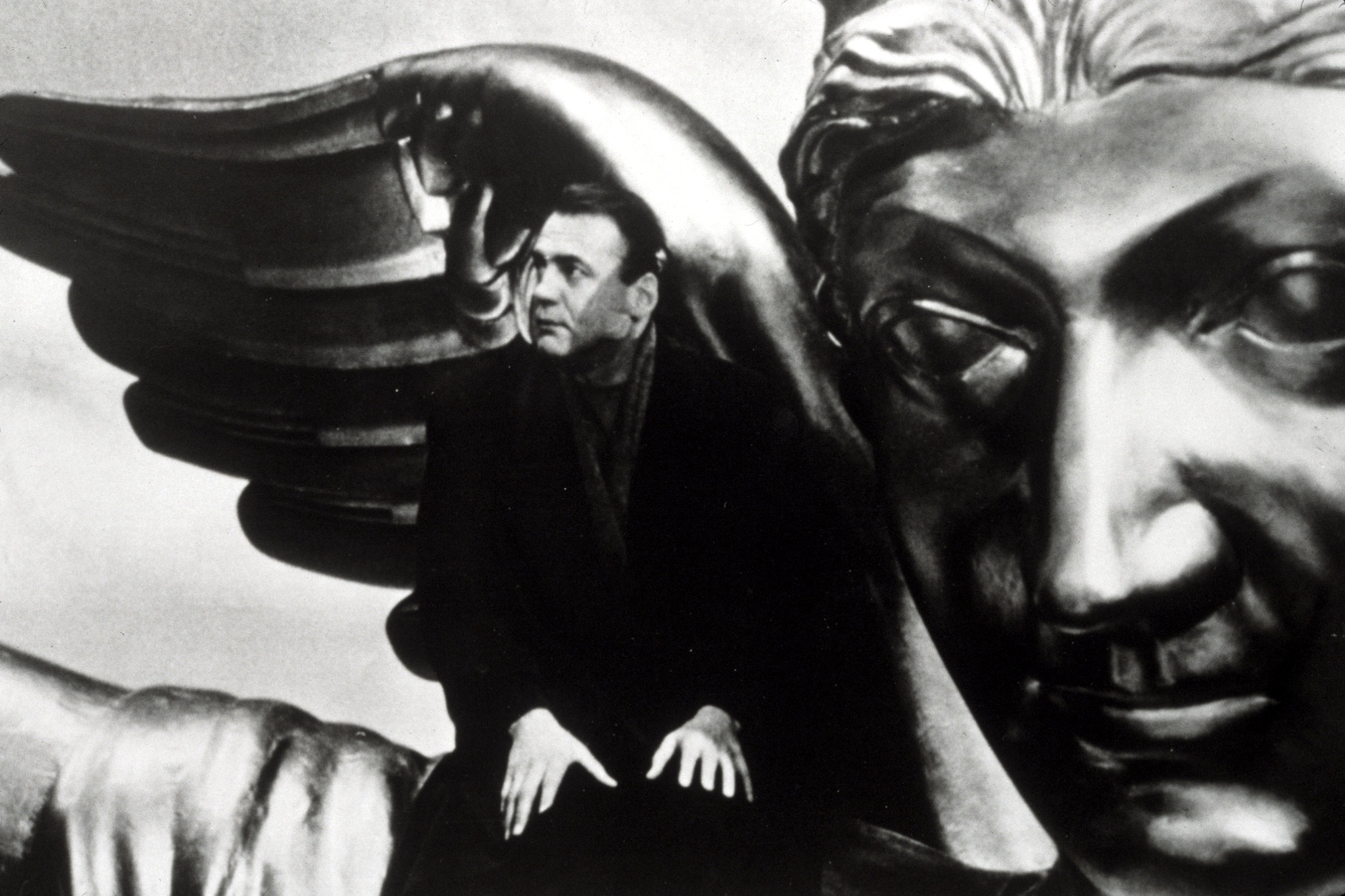 Editorial use onlyMandatory Credit: Photo by Snap/REX/Shutterstock (390932by)FILM STILLS OF 'WINGS OF DESIRE' WITH 1988, BRUNO GANZ, WIM WENDERS IN 1988VARIOUS
