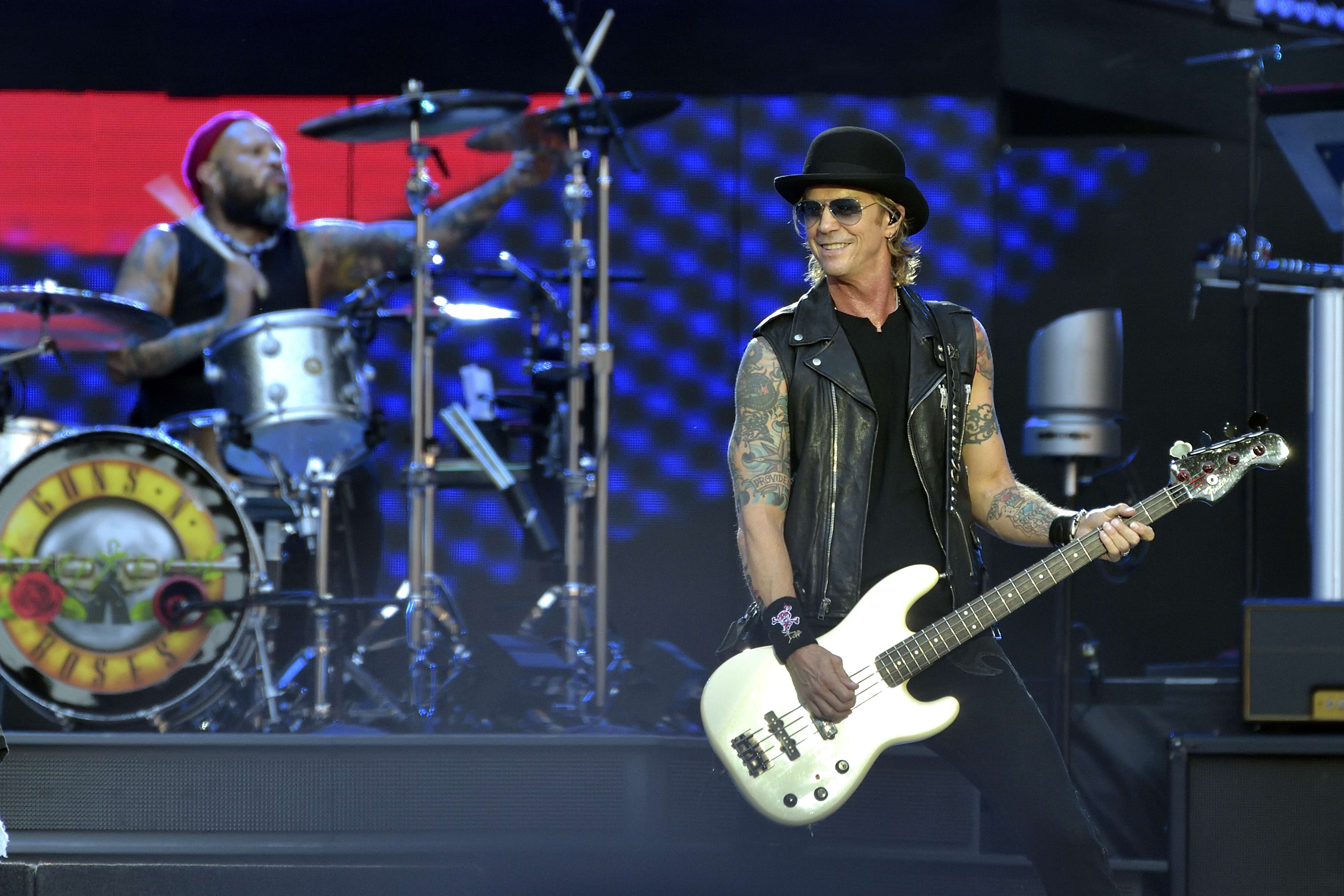 duff mckagan on new guns n roses album oh it s real rolling stone. Black Bedroom Furniture Sets. Home Design Ideas