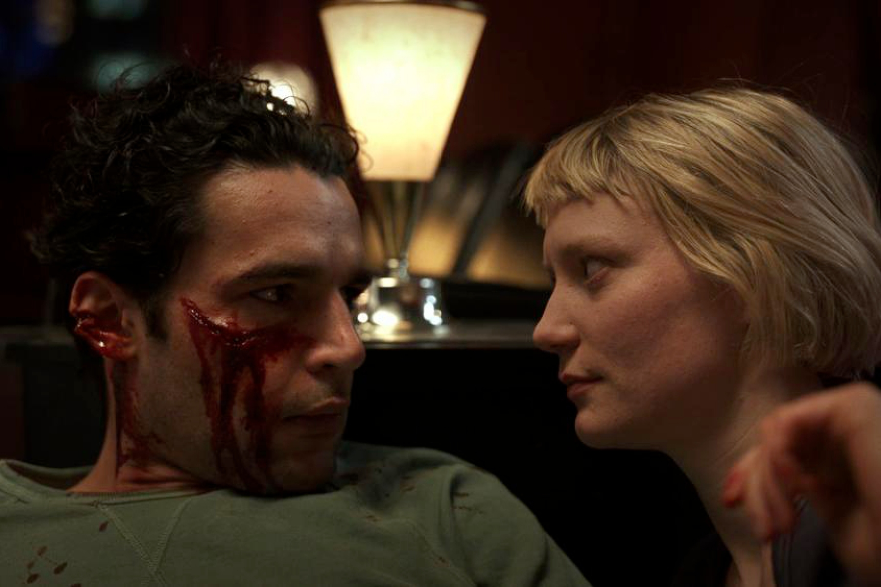 Christopher Abbott, Mia Wasikowska in PIERCING
