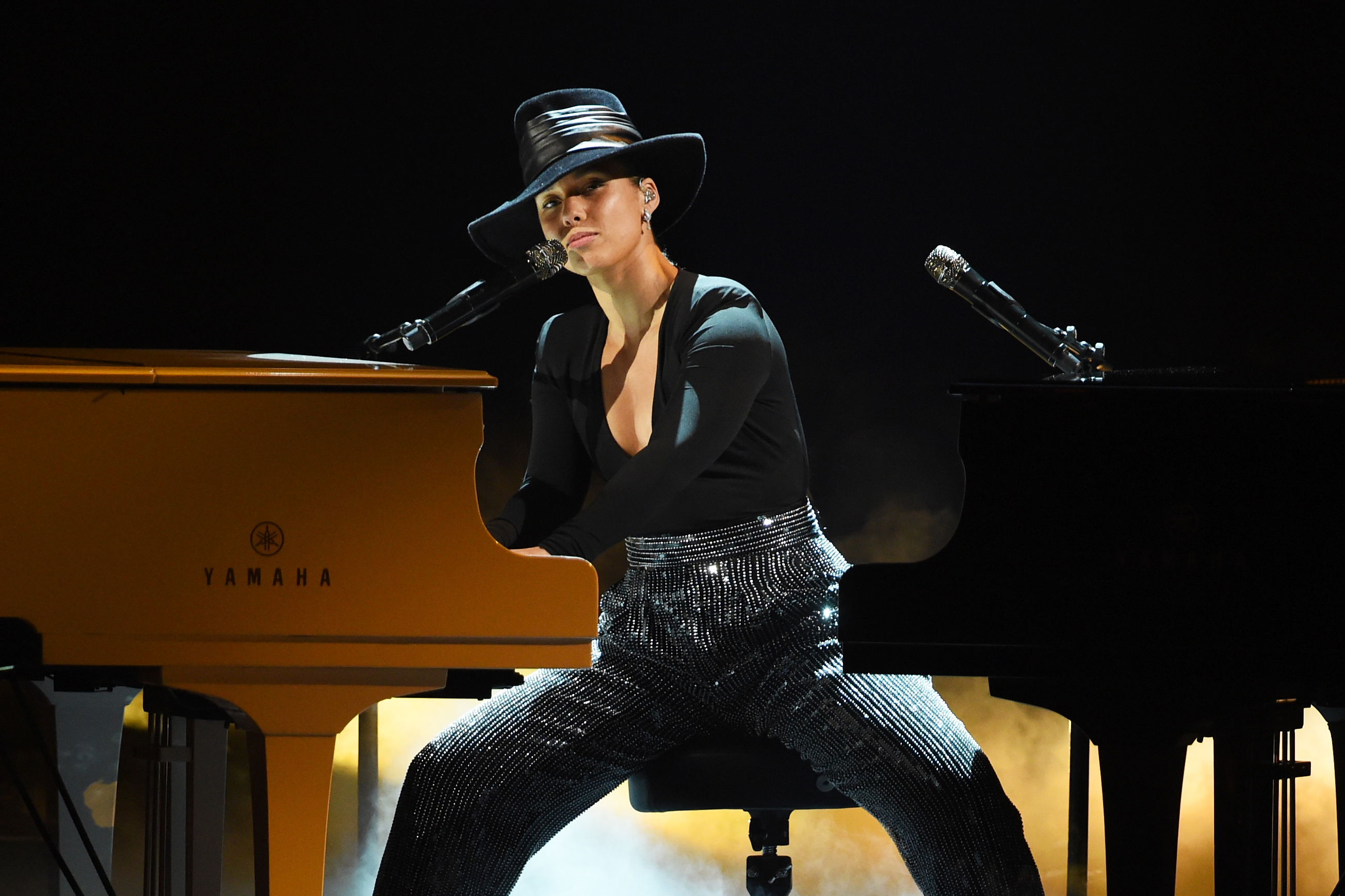 grammys-2019-alicia-keys-sings-songs-she-wishes-she-wrote