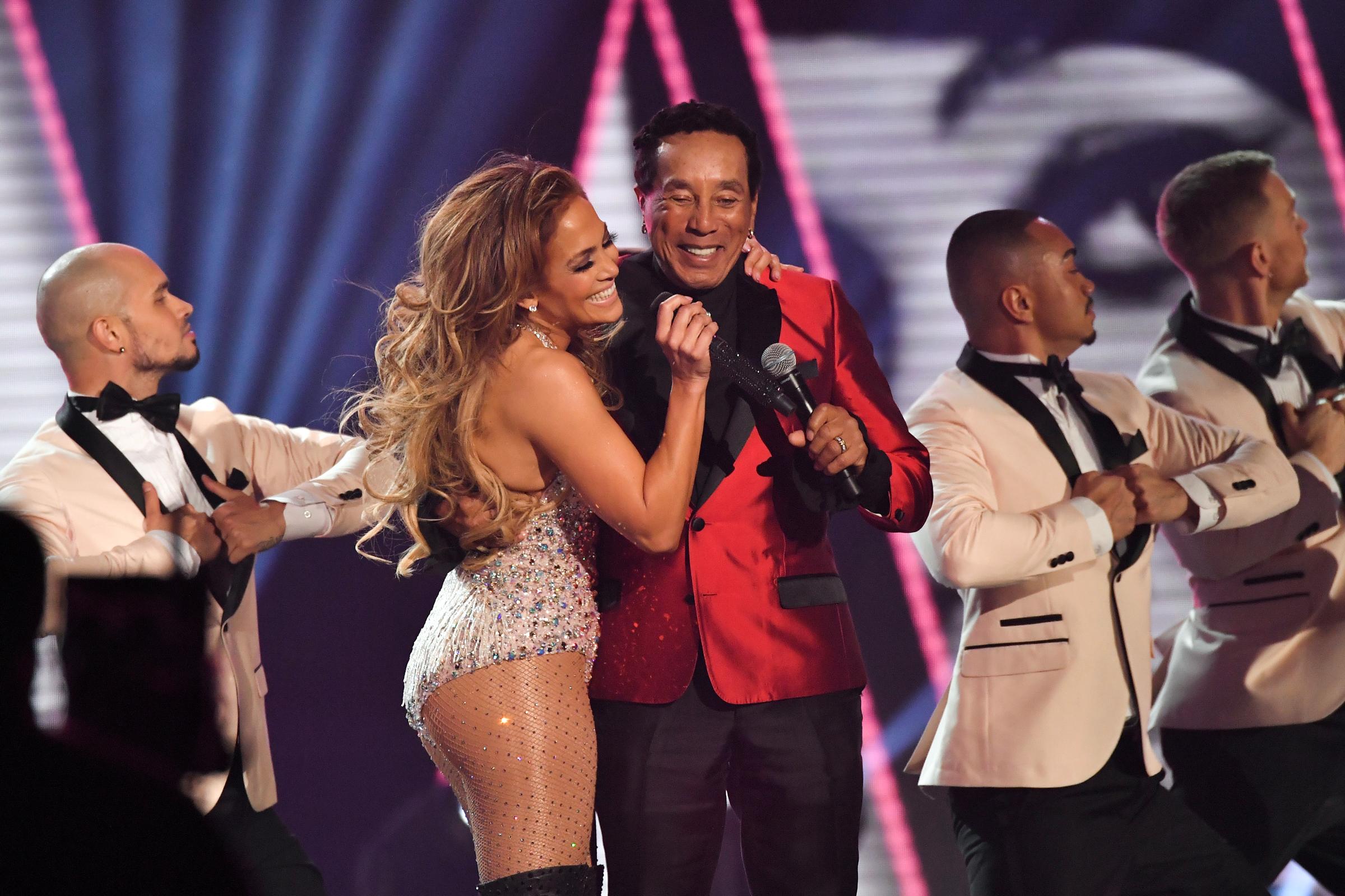 Watch Jennifer Lopez video