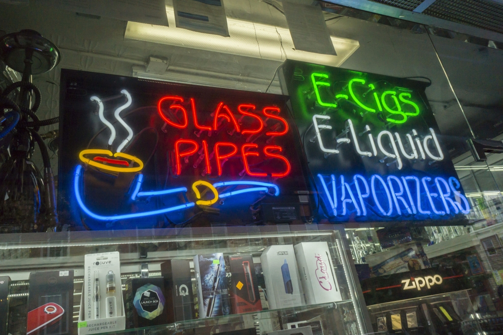 May 1, 2016 - New York, NY, USA - A convenience store in Williamsburg, Brooklyn in New York on Sunday, May 1, 2016 promotes its vaping and other merchandise. (Ã' Richard B. Levine) (Credit Image: © Richard B. Levine/Levine Roberts/Newscom via ZUMA Press)