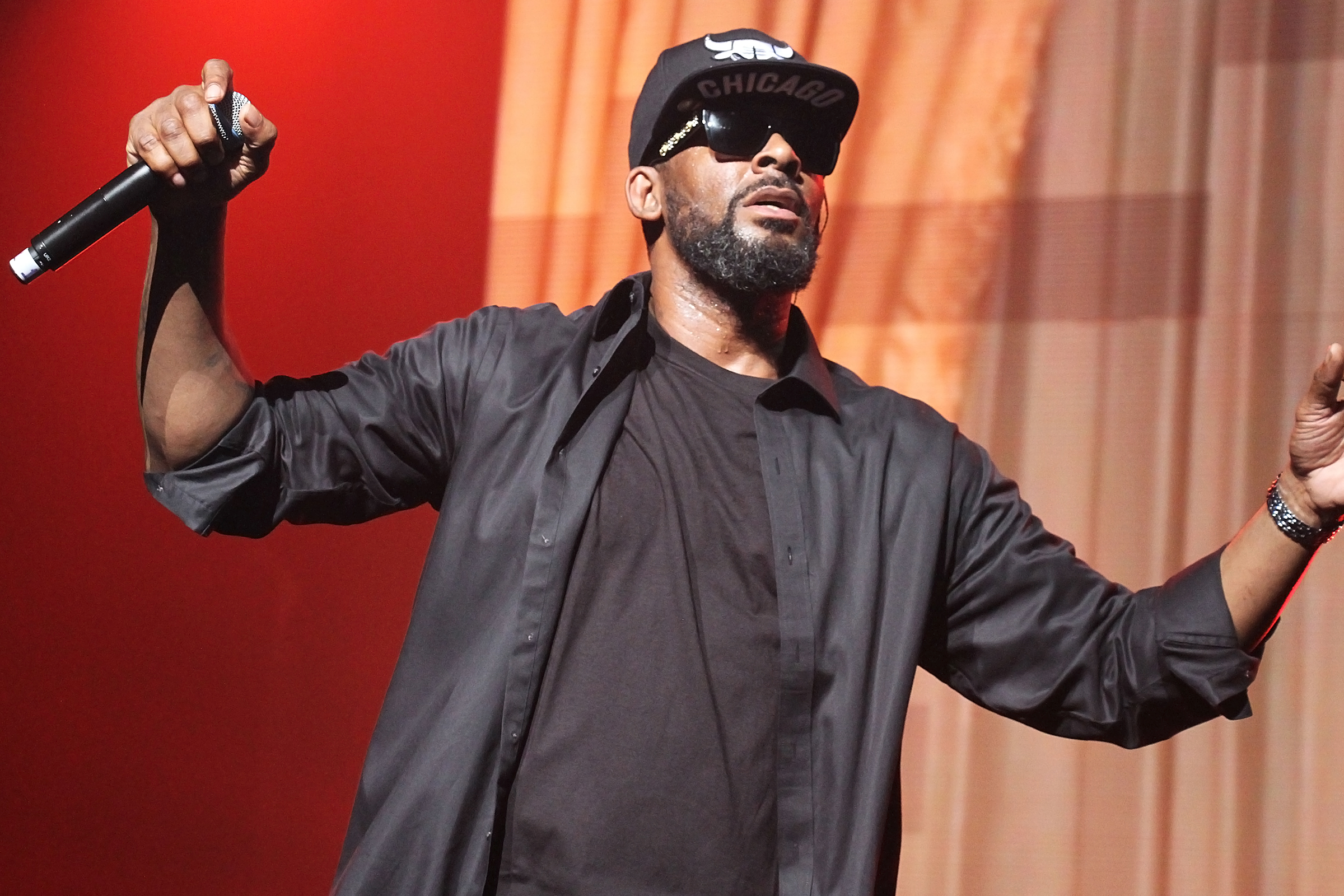 R  Kelly: Authorities Obtain New Sex Tape With Allegedly Underage