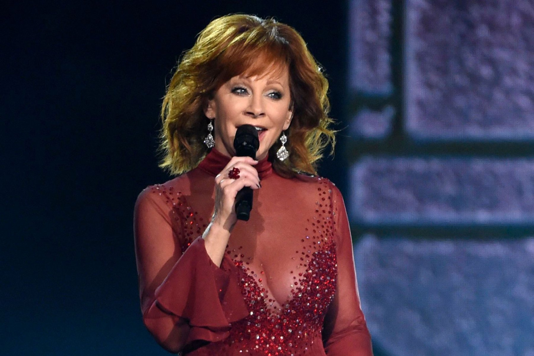Reba McEntire Details New Album 'Stronger Than the Truth' - Rolling Stone