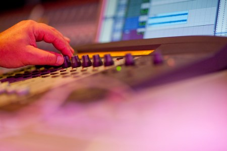 how to set up home studio recording