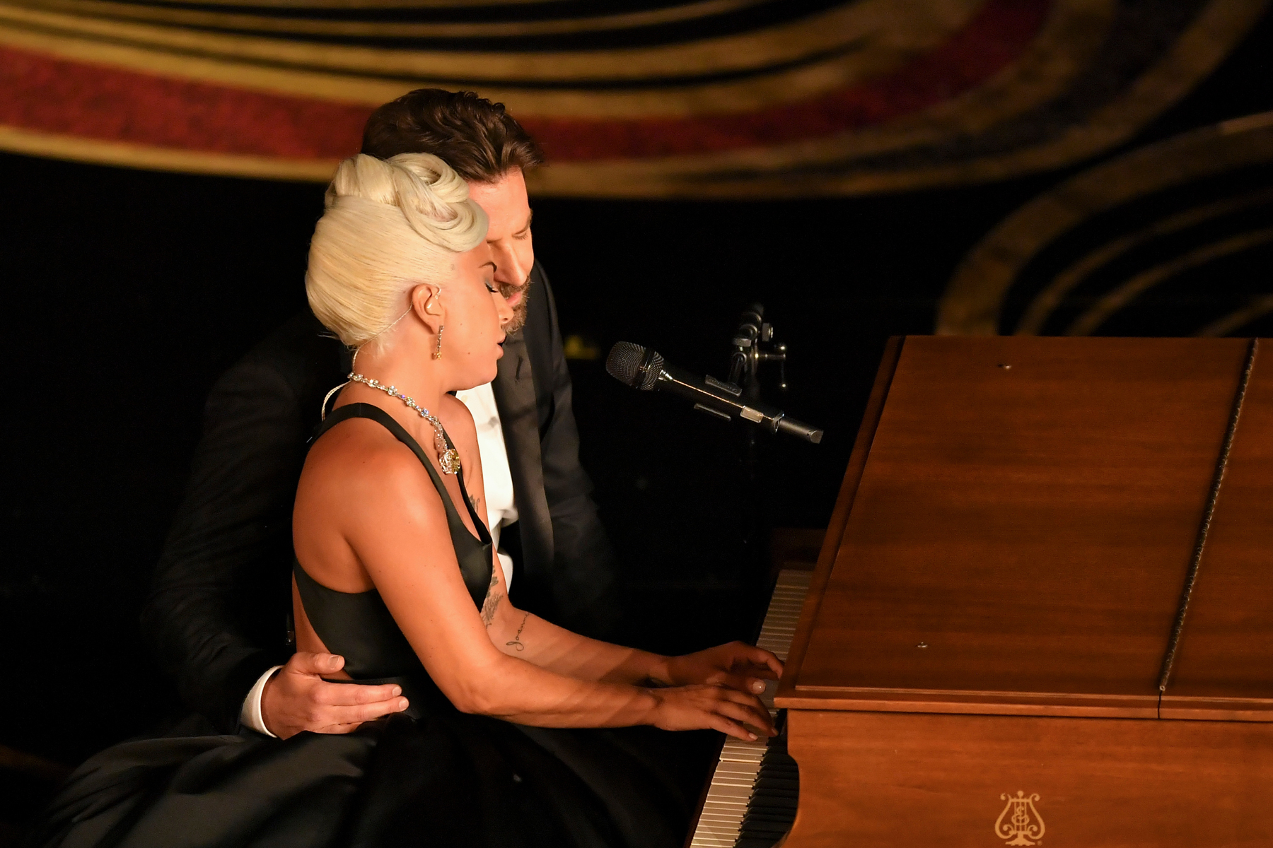 Lady Gaga Bradley Cooper Shallow Album - Espaço-Casa com