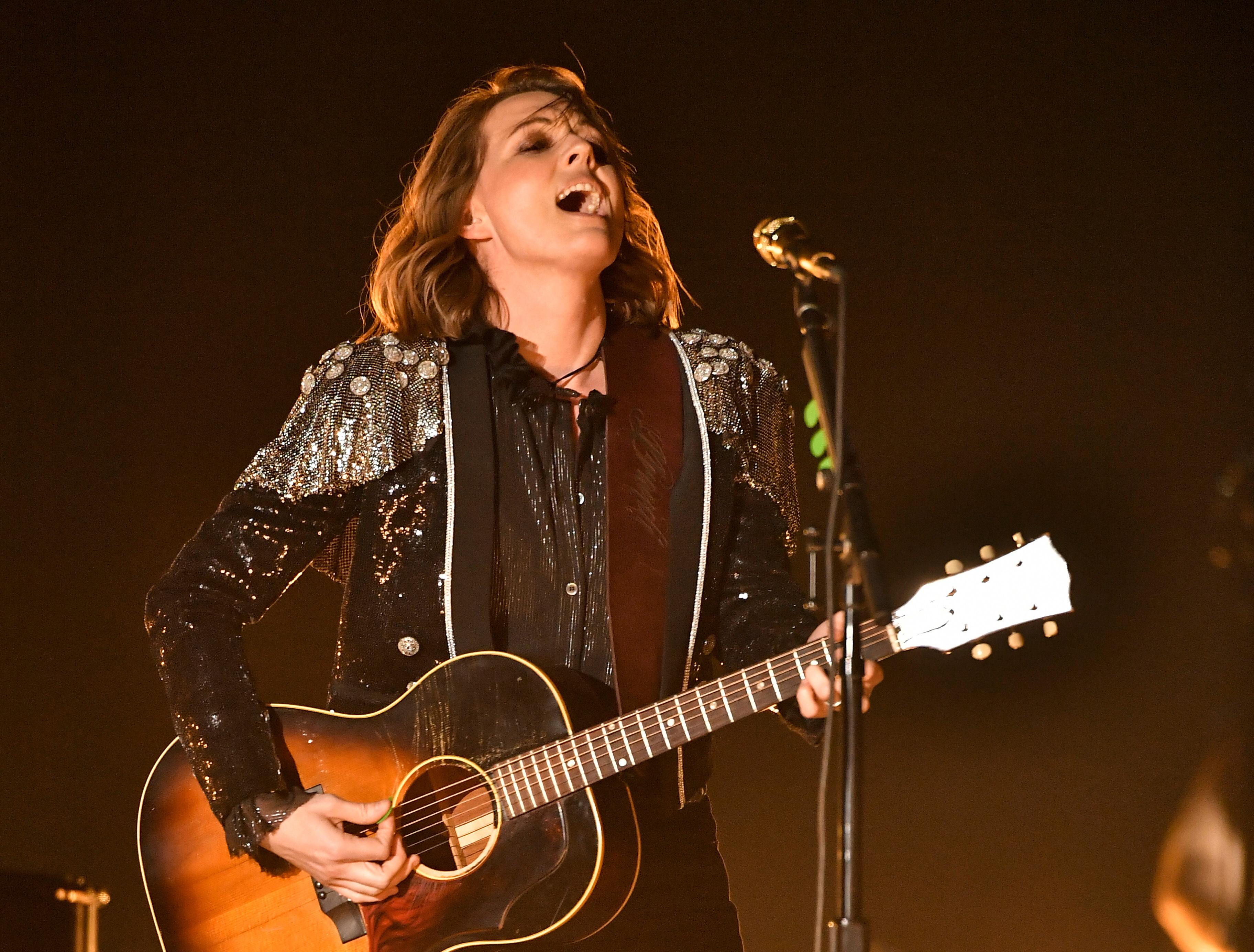 Grammys 2019: Brandi Carlile Sings 'The Joke' – Rolling Stone