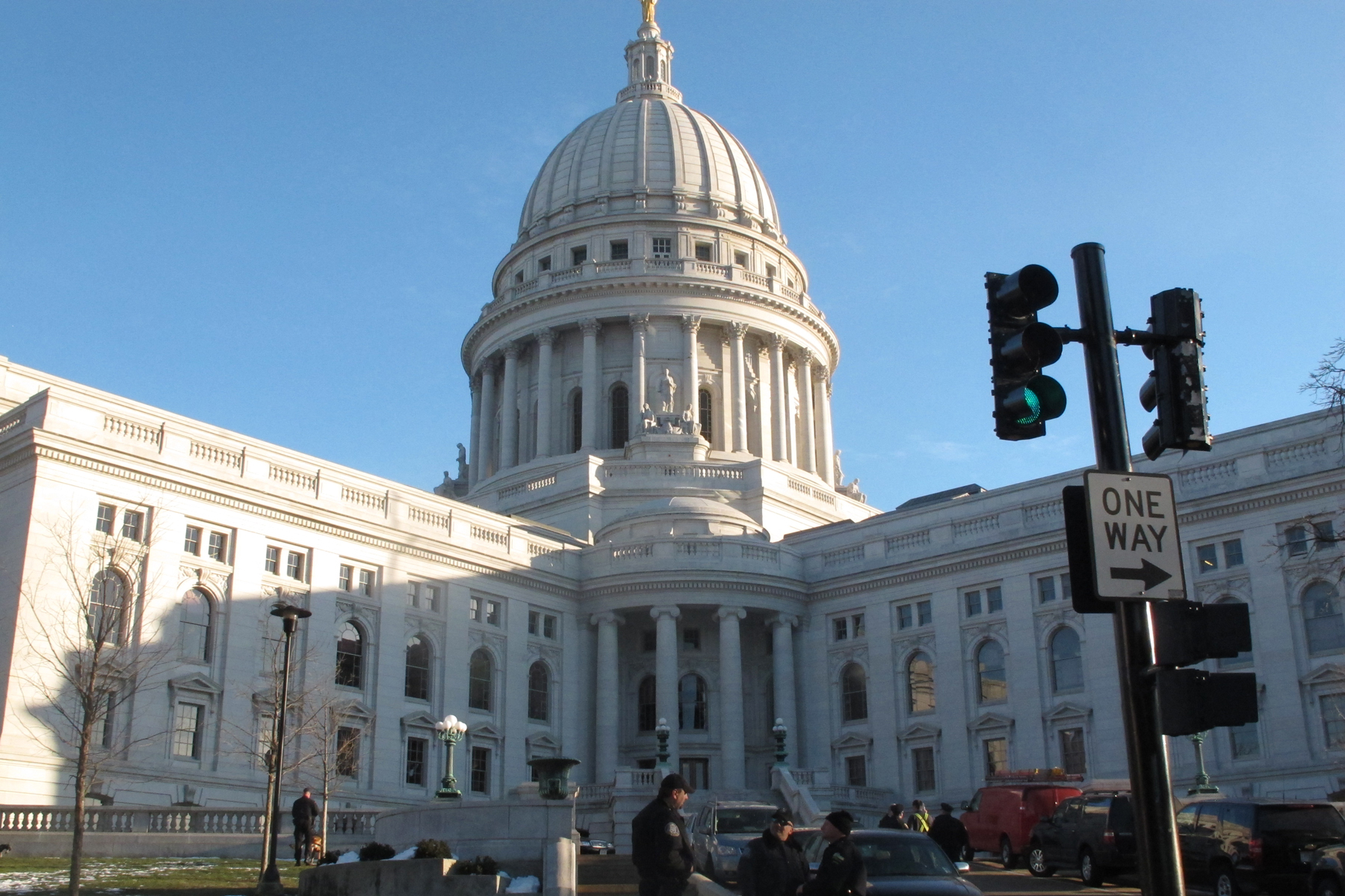 Wisconsin Capitol Dome Removed Walker >> Court Spikes Gop Power Grab In Wisconsin Rolling Stone