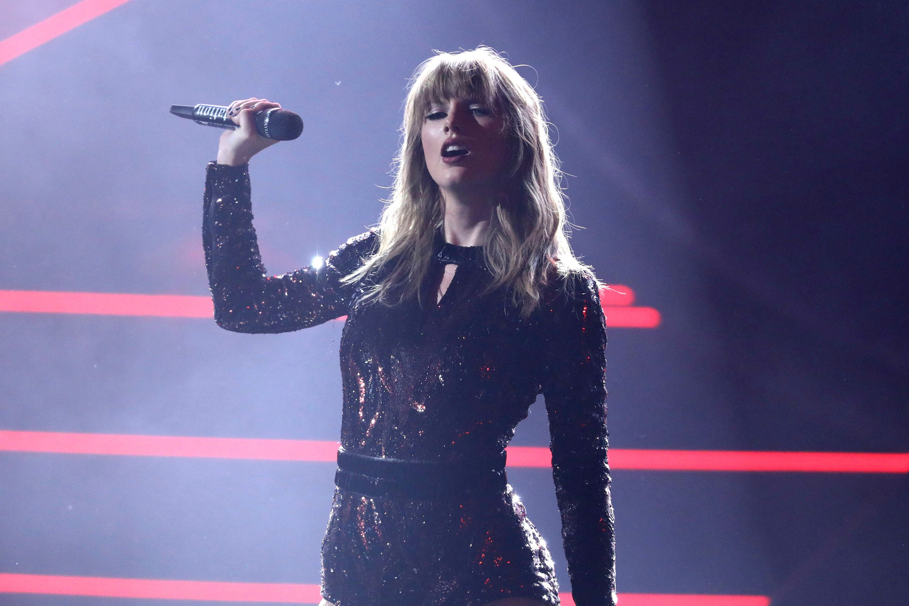 Taylor Swift Invoking Racism Is Not What I Want From Our Leaders Rolling Stone