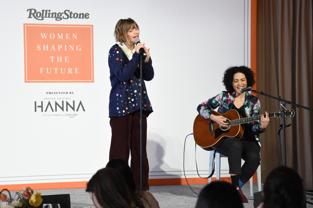 Grace VanderWaal and guitarist Melissa Dougherty belt out a classic rendition of Valerie.