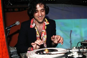 DJ Jonathan Toubin on February 27, 2011